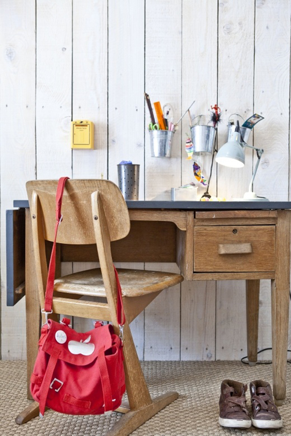 Maybe you can make a kids learning or computer desk as the most effective  means. Here are 20 inspiring vintage kids desk, hopefully pleasing! - 20 Inspiring Vintage Kids Desk Home Design And Interior