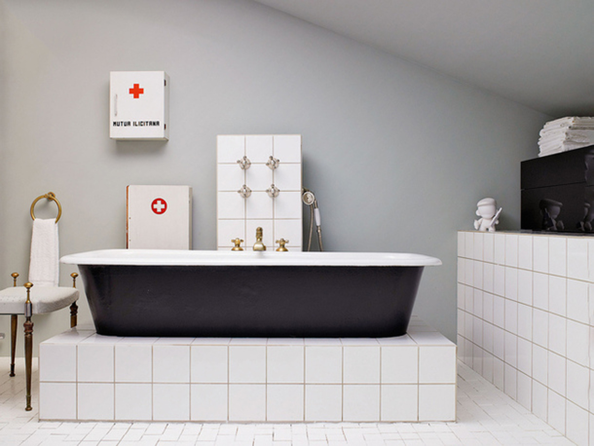 Gallery of Inspiring Bathrooms with Original Interiors
