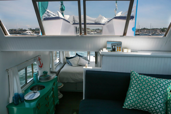Awesome houseboat ideas for Boat decorations for the home