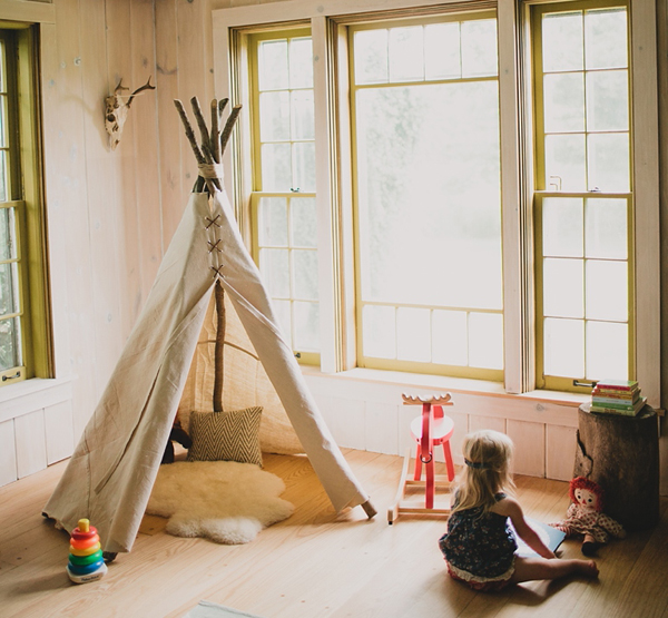 Create dreaming playroom kids memories and magical place for Creating a playroom
