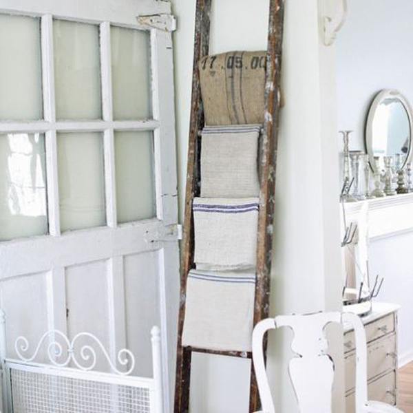 Ladders bathroom ideas for Bathroom decor ladder
