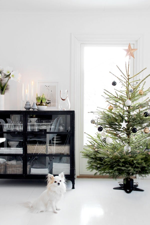 scandinavian christmas tree decorations
