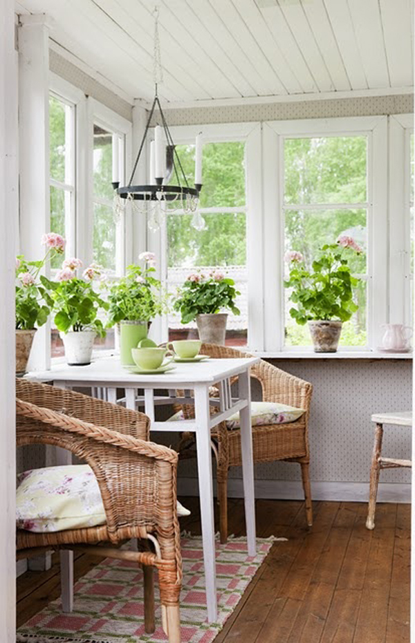 25 stunning white sunroom ideas home design and interior for Sun porch ideas