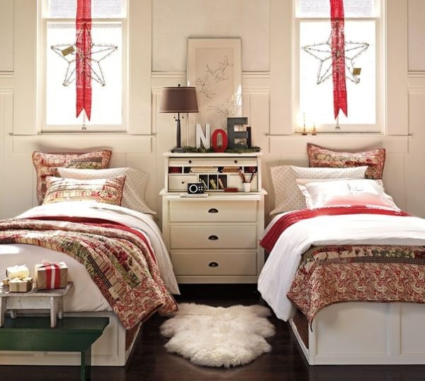 Two christmas bedroom decor for Xmas room design