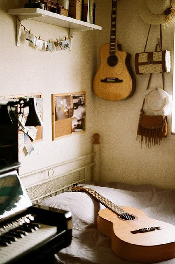 Vintage Music Bedroom Theme