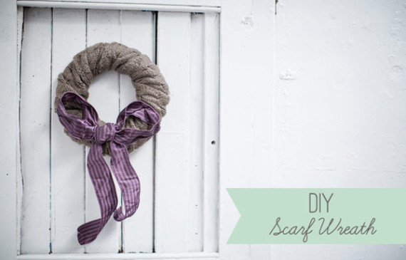 diy-christmas-wreath-with-wool-scarf