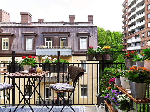 35 Small Balcony Gardens | Home Design And Interior