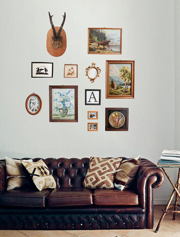 Living Room Gallery Wall: Gallery-wall-living-room