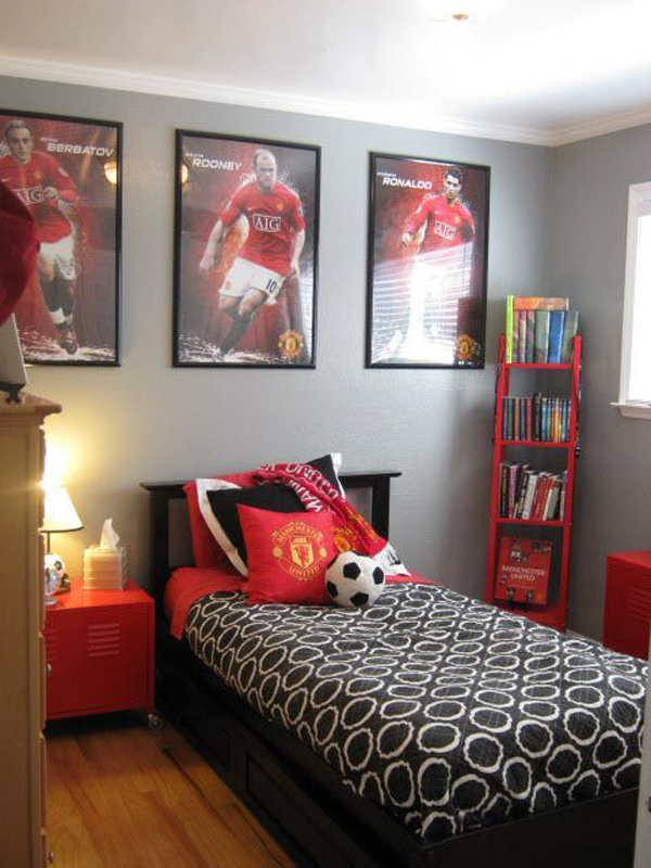 15 awesome kids soccer bedrooms home design and interior for Man u bedroom stuff