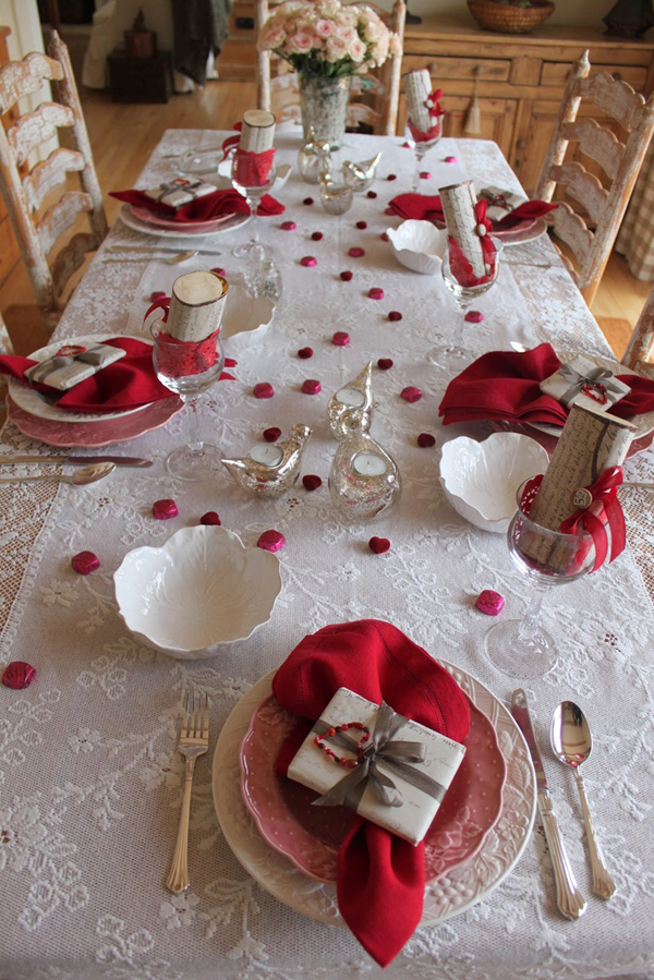 25 romantic valentine 39 s day table setting ideas home for Table design for valentines day