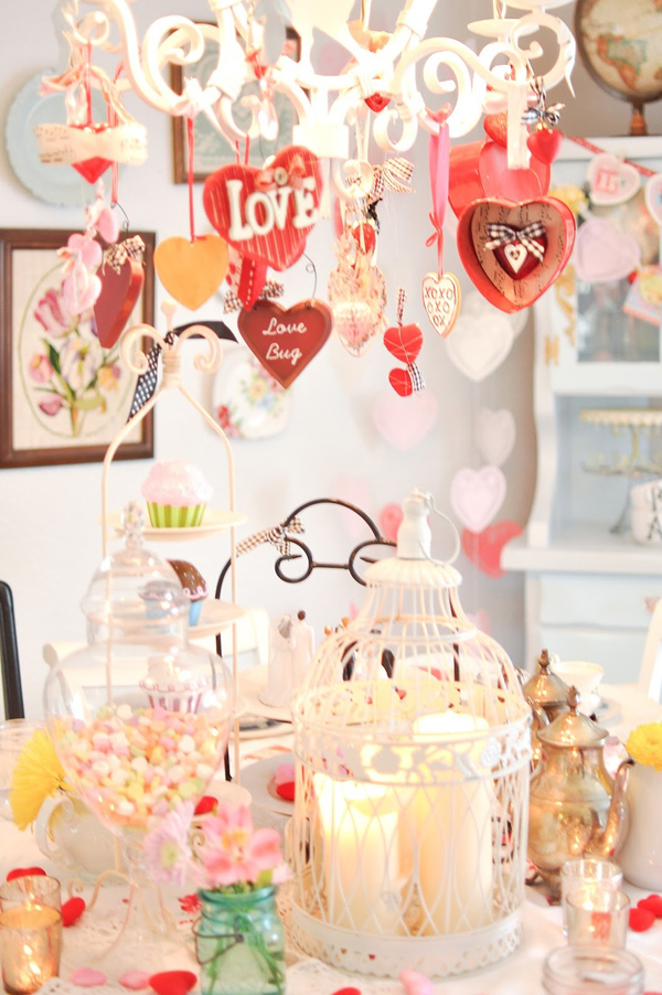 Romantic Valentine Table Settings