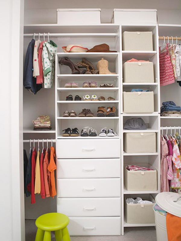 Simple Kids Closet Organization
