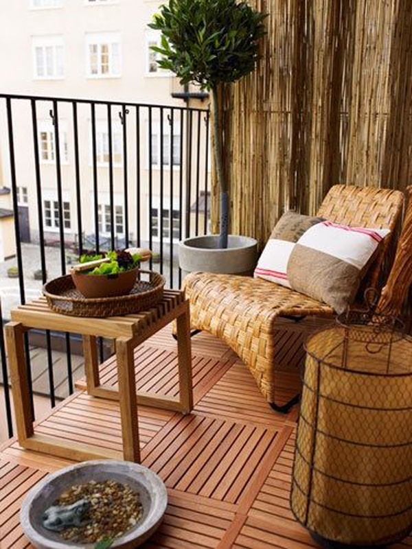 Wooden balcony ideas for Small terrace garden design ideas