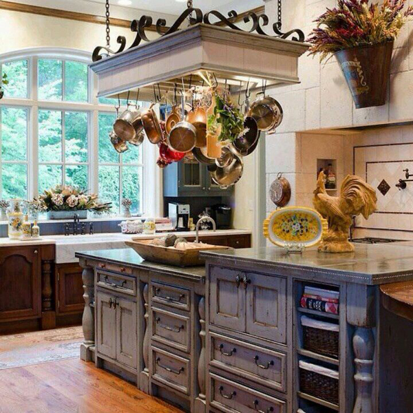 Top French Country Kitchen with Pot Rack 600 x 600 · 347 kB · jpeg