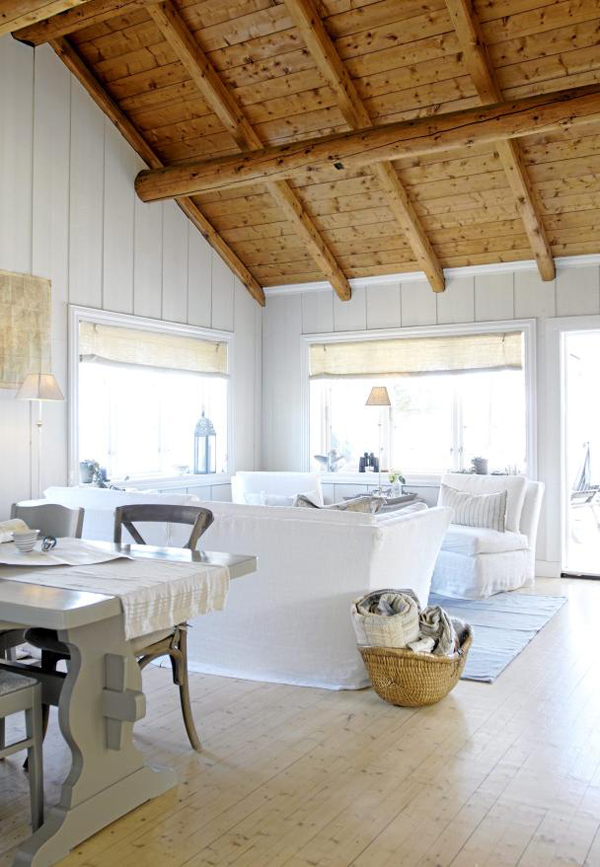 Beach House Interior Design: Norwegian Beach House For Summer