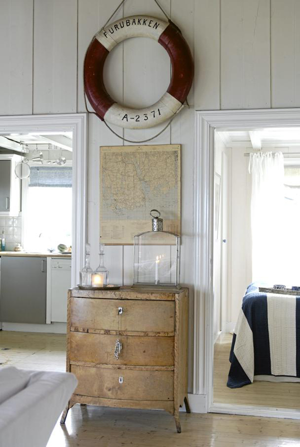 Norwegian furniture house for Summer beach house decor