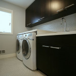 romantic-dark-laundry-room
