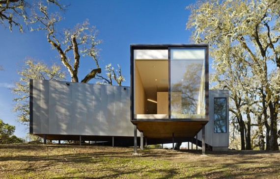 sustainable-house-with-three-views