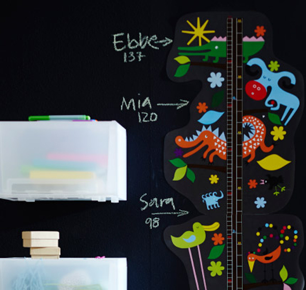 IKEA-extra-living-wall-sticker-in-playroom