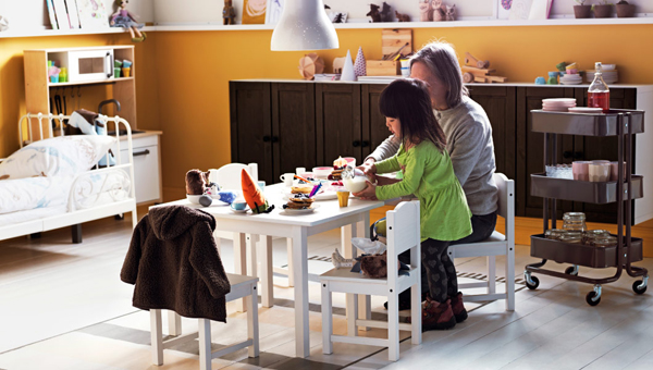 IKEA-perspective-playroom-on-dining