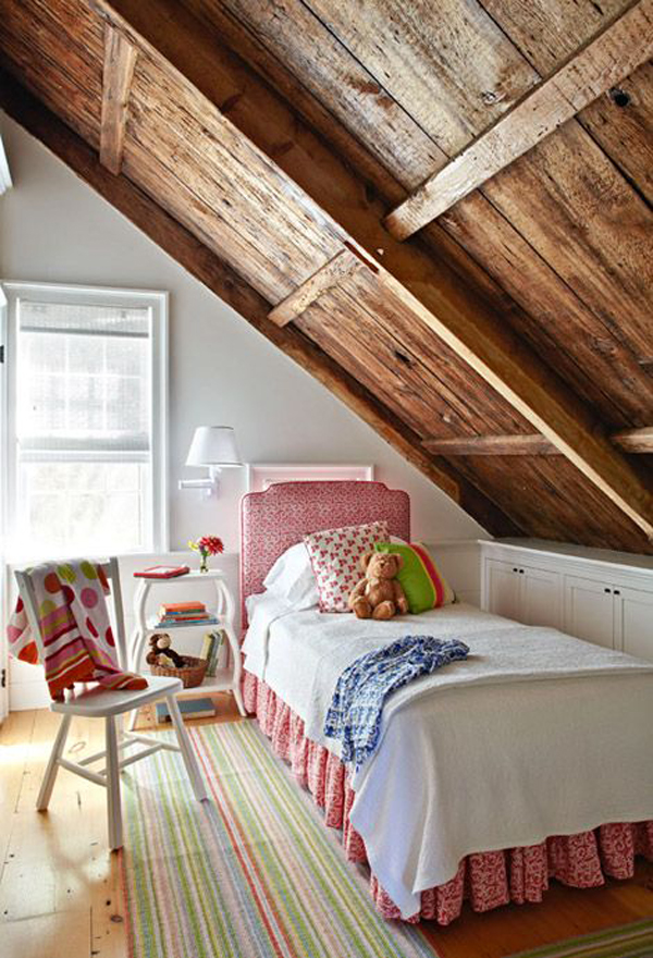 Awesome attic bedroom design for Attic bedroom decoration