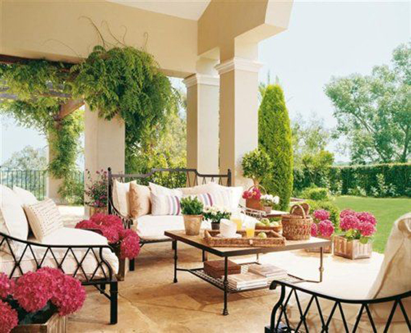 15 Cozy Outdoor Living Space | Home Design And Interior on Beautiful Outdoor Living Spaces id=82374