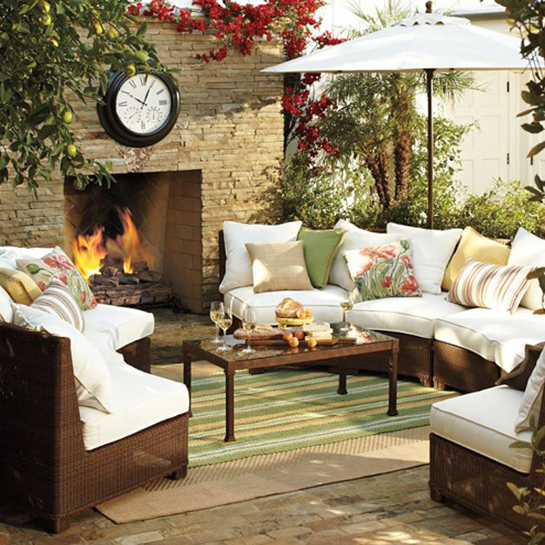 15 cozy outdoor living space home design and interior for Outdoor living patio furniture