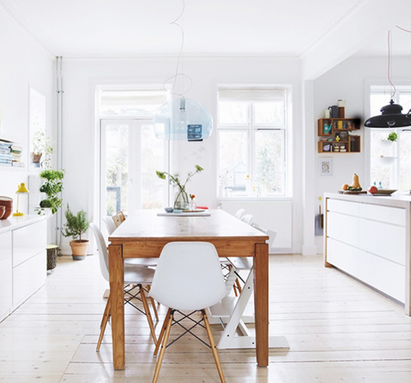 Shabby chic house in danish home design and interior for Modern scandinavian kitchen design
