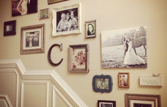 wonderful-vintage-stairs-gallery-wall