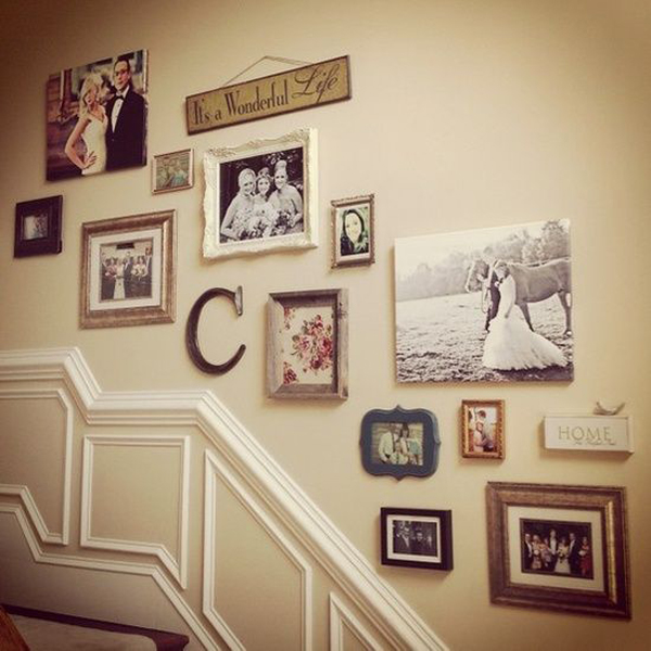 6 Ideas On How To Display Your Home Accessories: Wonderful-vintage-stairs-gallery-wall