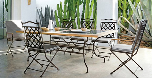 Wrought-iron-chairs-table-furniture