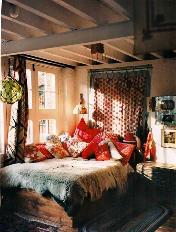 Bohemian style bedroom interior for Gypsy designs interior decorating