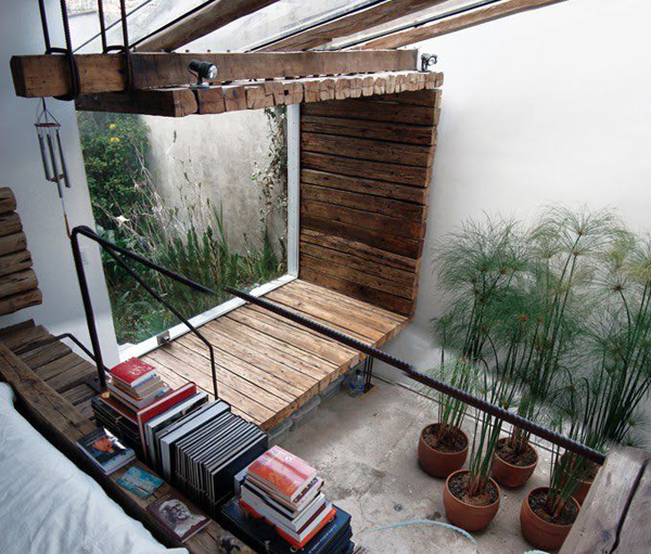 20 beautiful indoor courtyard gardens home design and for Bambou interieur deco