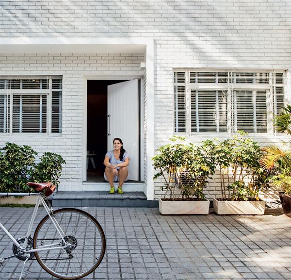 Cozy Small Backyard House