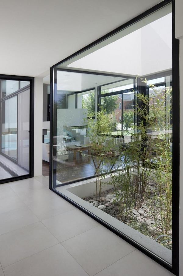 Indoor Courtyard Glass Design