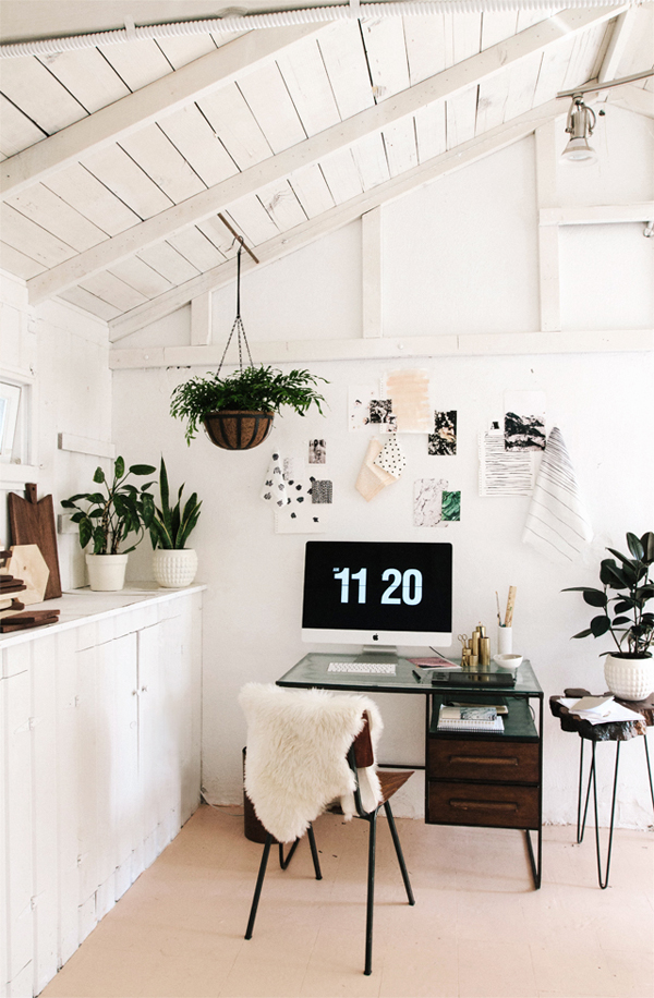 simple home office. Simple Home Office With Beautiful Plants