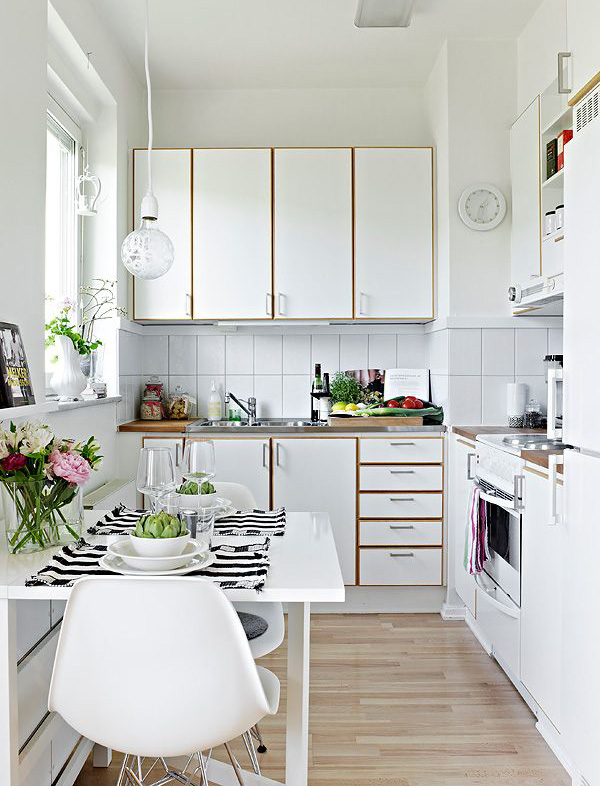 Beautiful small apartment only 36 square meters home for Small square kitchen ideas