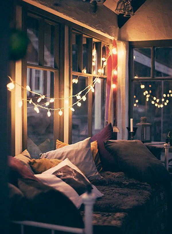 Cozy winter bedroom lights for Cozy bedroom ideas photos
