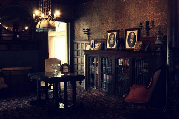 Dark Gothic Room Decor