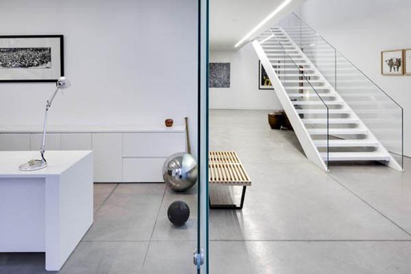glass house interior design