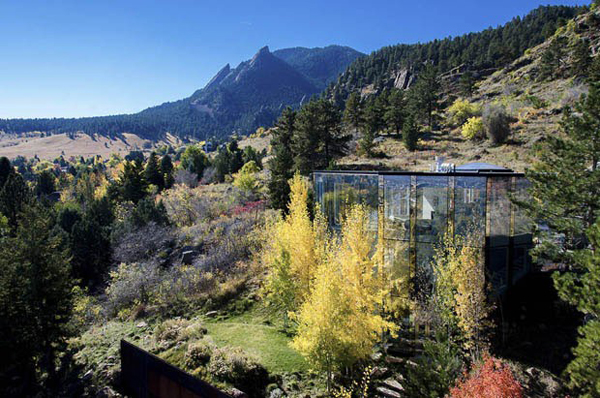 Glass House With 360 Degree View Of The Mountain | Home Design And