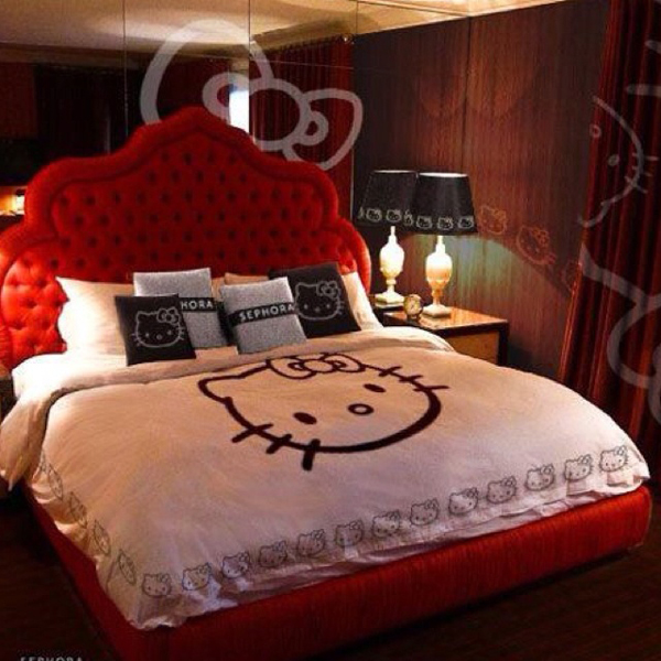 25 Bedroom Design Ideas For Your Home: Hello-kitty-room-ideas