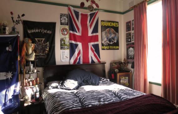 punk-rock-bedroom-english-flag