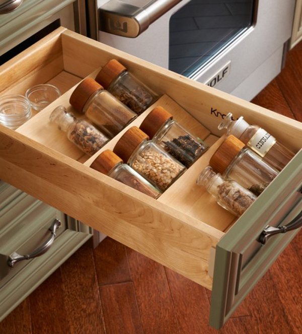 35 functional kitchen cabinet with drawer storage ideas for Cabinet storage ideas kitchen