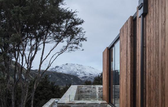 wanaka-house-with-alps-view
