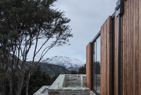 This Wanaka house is right under the Alps, designed by RTA Studio with an  area 240 square meters. From the architect. This house is located in an  ecological ...