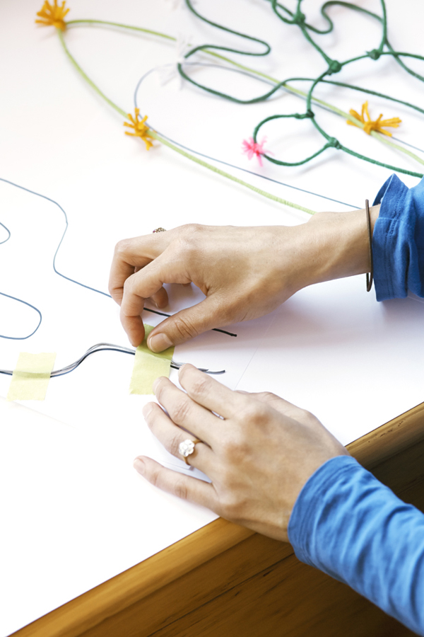 living room ideas photo gallery - DIY wire caccti tutorial