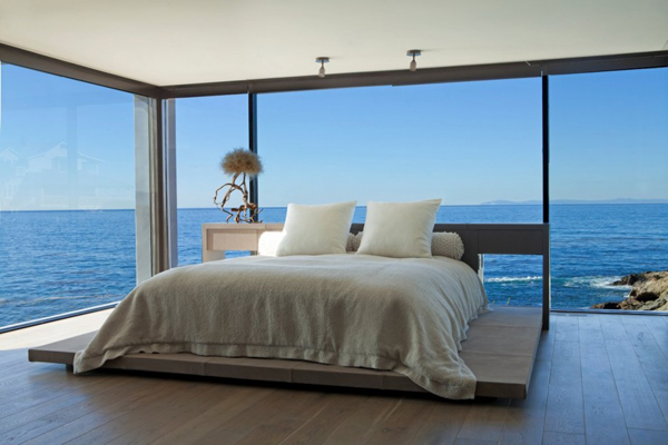 . awesome bedroom decor with sea view