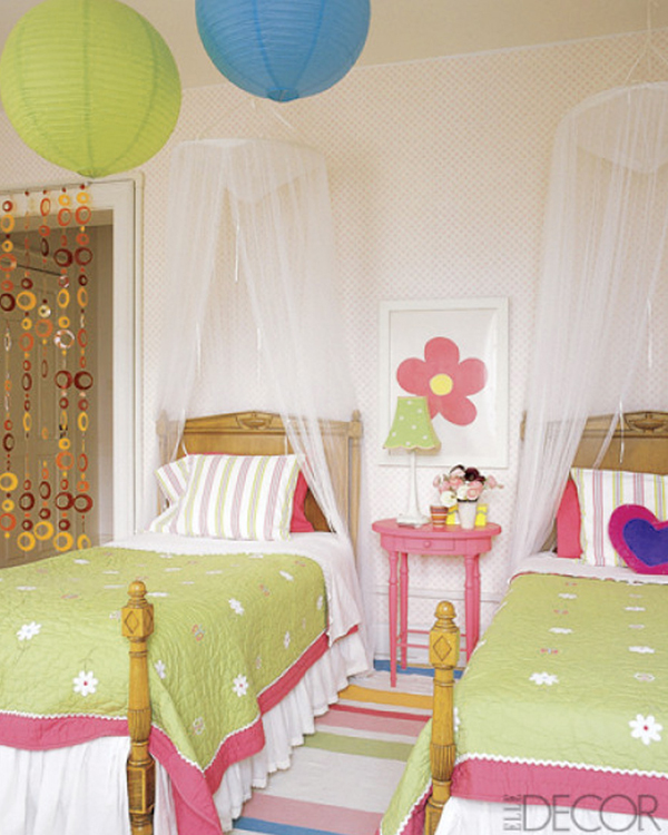 25 Awesome Shared Bedroom Ideas For Kids: Awesome-kids-shared-bedroom-with-pendant-lamp-and-canopy-bed