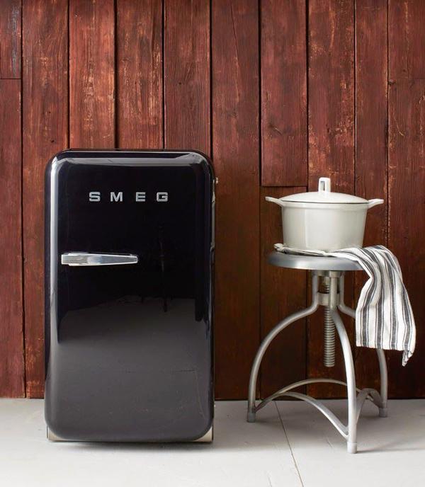 Black mini smeg fridges